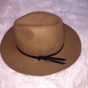 Like New Tan Wool Hat
